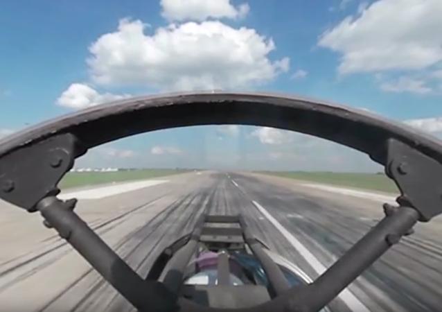 Aviadarts 2016 z 360 stupňů: uvnitř kokpitu Su-30