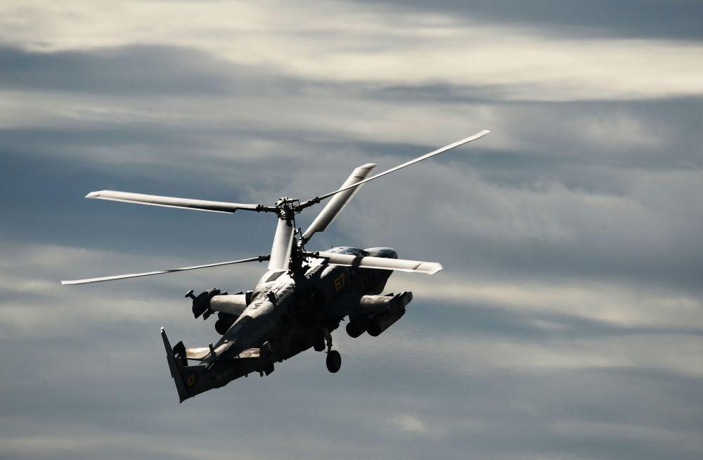 Bitevní vrtulník Ka-52 Alligator na Mezinárodním vojensko-technickém fóru Armáda 2016