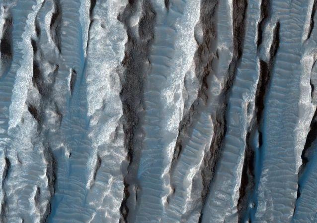 Mars, místo pobytu pro budoucí generace pozemšťanů