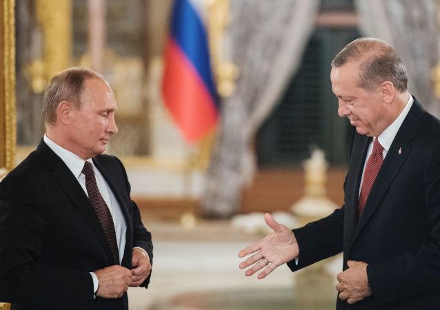 Prezident RF Vladimir Putin a prezident Turecka Recep Tayyip Erdoğan
