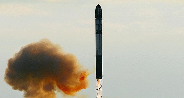 Nejnovější ruská mezikontinentální balistická raketa RS-28 Sarmat