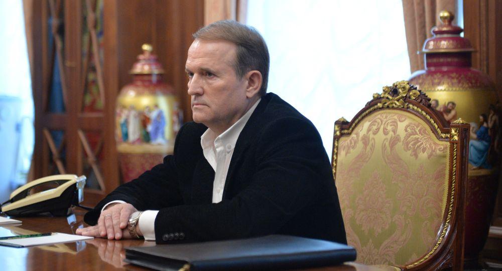 Lídr hnutí Ukrajinská volba – právo národa Viktor Medvědčuk