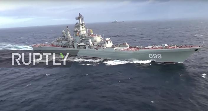 Admirál Kuzněcov proplul Středozemním mořem. VIDEO
