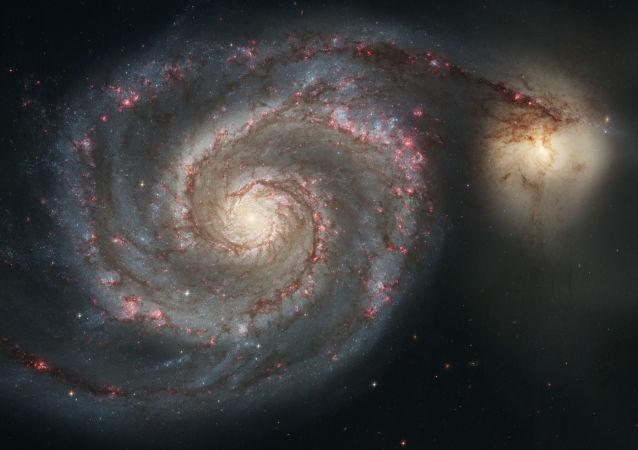 Vírová galaxie – galaxie v souhvězdí Honicích psů