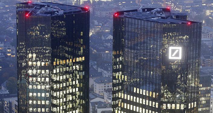 Hlavní stan Deutsche Bank ve Frankfurtu, Německo.