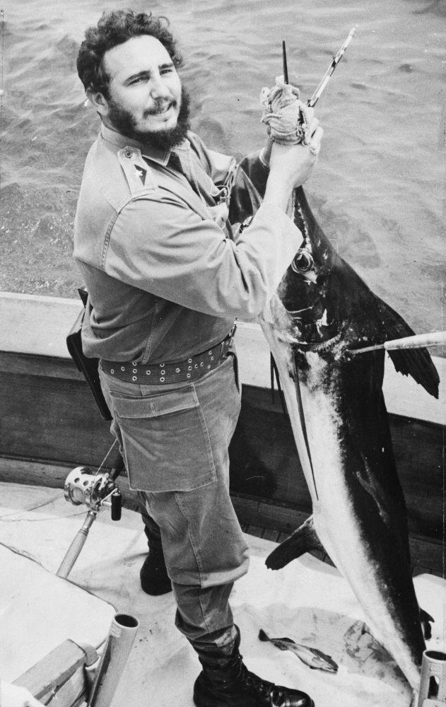 Fidel Castro - buřič, rybář a milovník krásy
