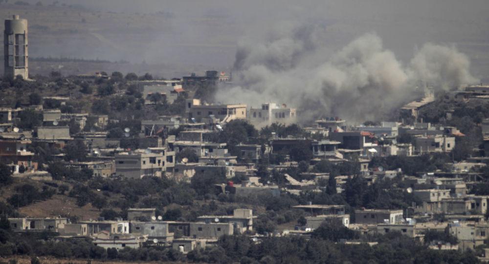 Syrské město na Golanských výšinách, na které zaútočila izraelská letadla. Ilustrační foto