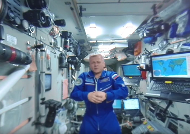 Vesmír 360: Panoramatická tour po oblíbených místech na stanici