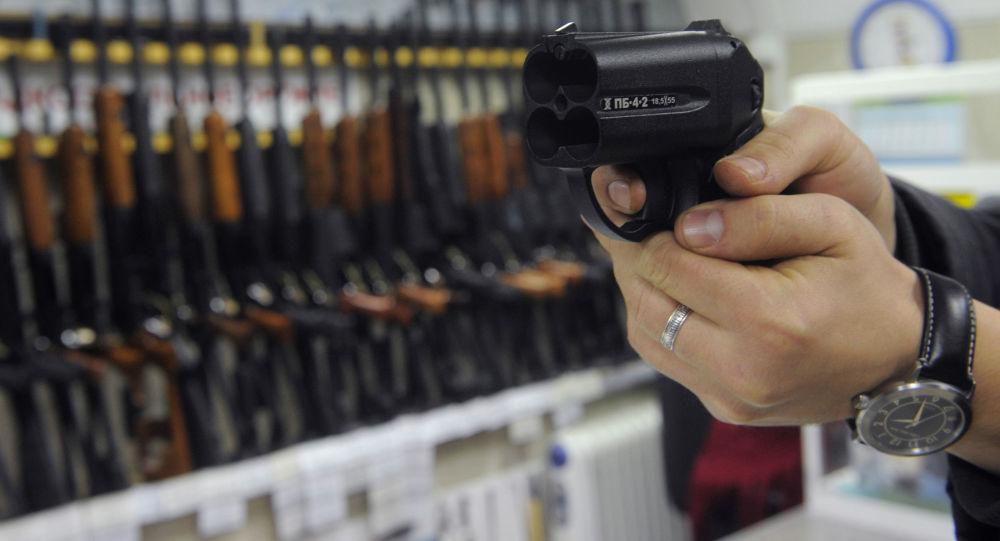 USA zakoupily ruské pistole Osa