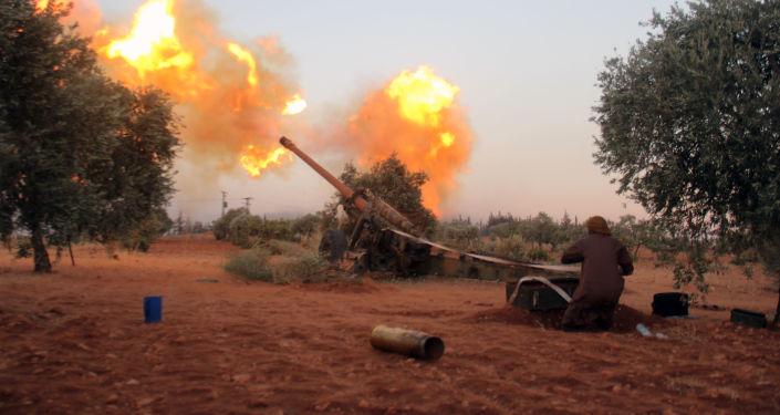 Příslušník syrské opozice v Aleppu