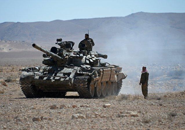 Syrští vojáci v okolí Palmýry
