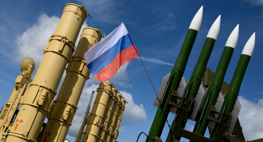 Ruské Antei-2500 a Buk-M2E na Mezinárodním technickém fóru