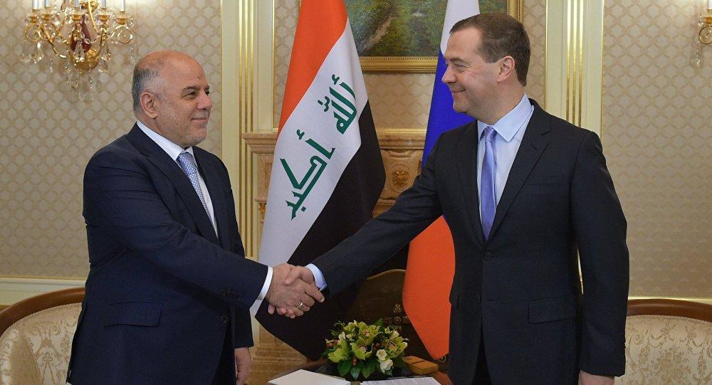 Premiér Iráku přicestoval do Ruska navzdory radám, aby se návštěvy vzdal