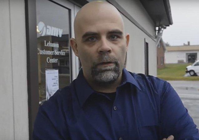 Američan se pomstil úředníkům, kteří museli přepočítat 5 vozíku drobných