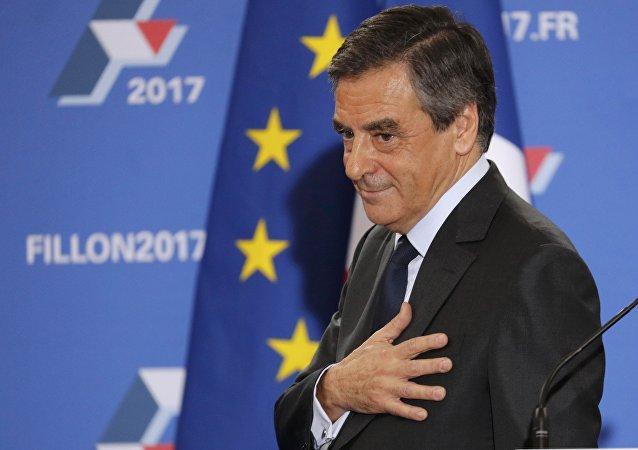 Uchazeč o post prezidenta Francie, expremiér Francois Fillon