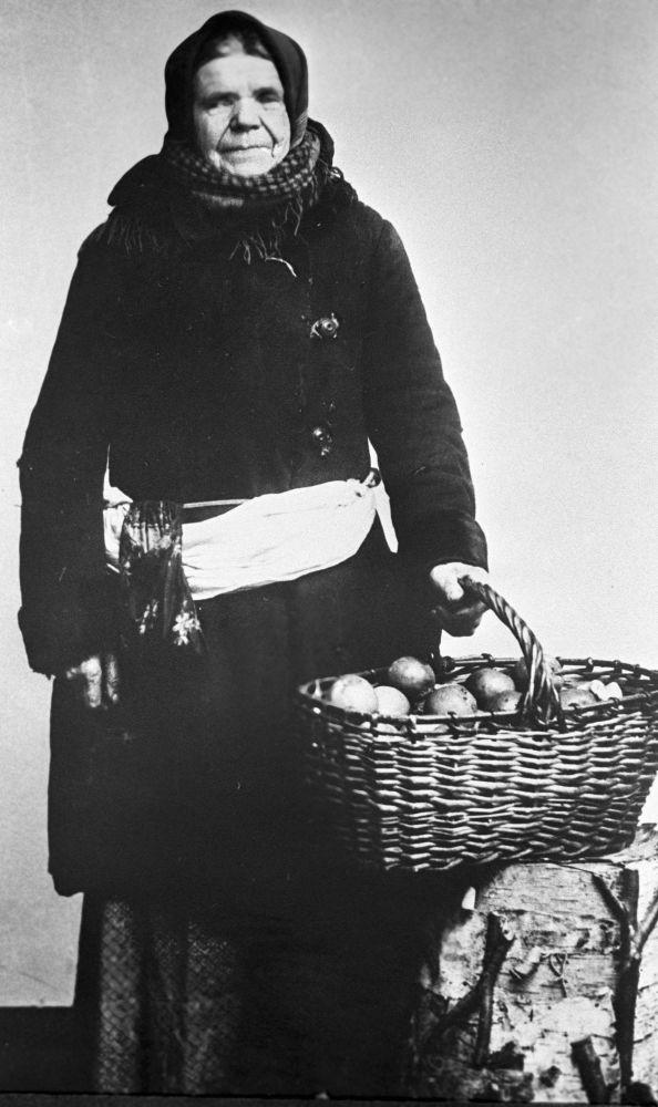 Moskevská prodavačka jablek, rok 1913