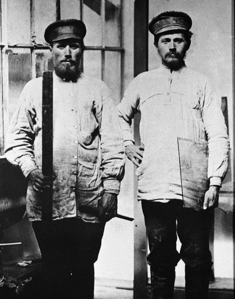 Moskevští sklenáři, rok 1913