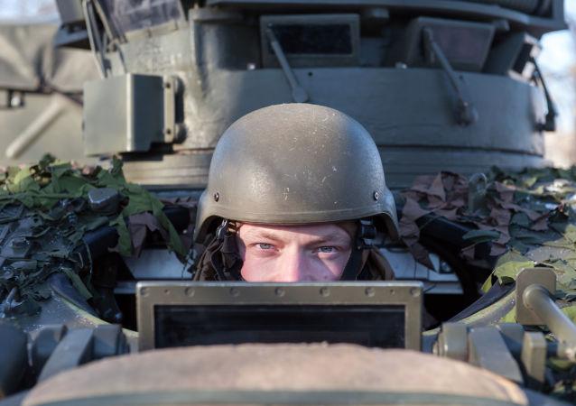 Voják NATO v Lotyšsku
