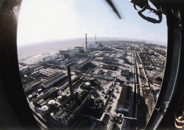 Pohled na Černobylskou elektrárnu