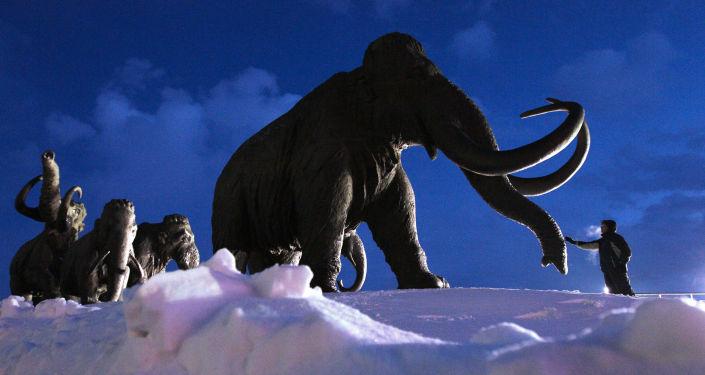 Pomník mamutů u Chanty-Mansijsku. Ilustrační foto