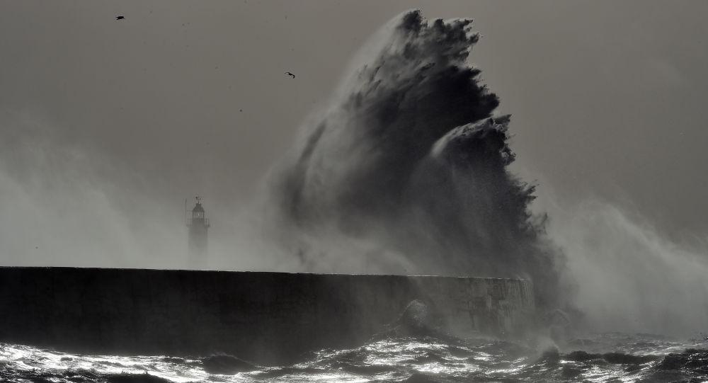 Bouře. Ilustrační foto