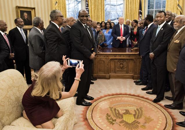 Poradkyně prezidenta USA Kellyanne Conwayová