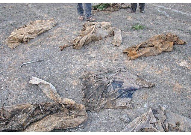 Masové hroby na jihu Mosulu