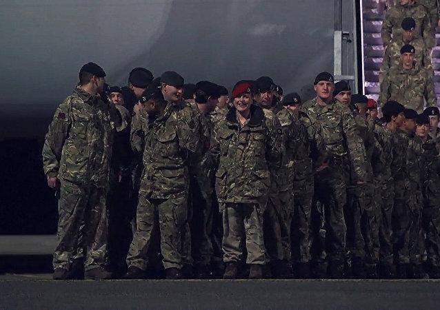 Letadlo s ameriskými vojáky přistálo v Estonsku