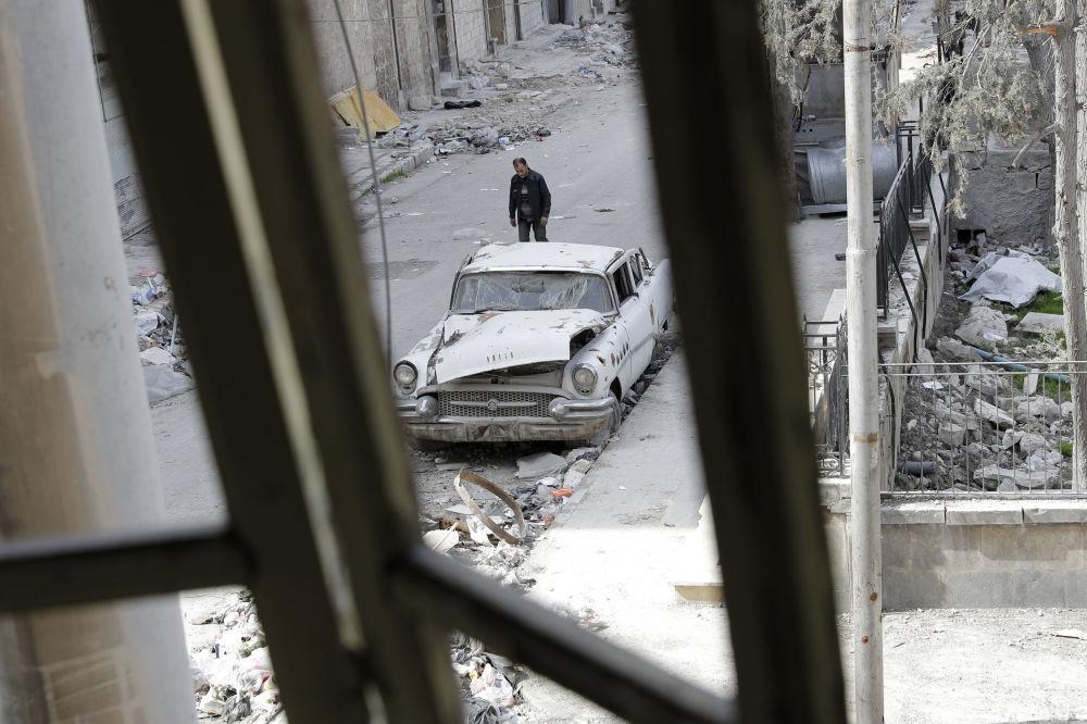 Navzdory válce: historická vozidla ve zničeném Aleppu