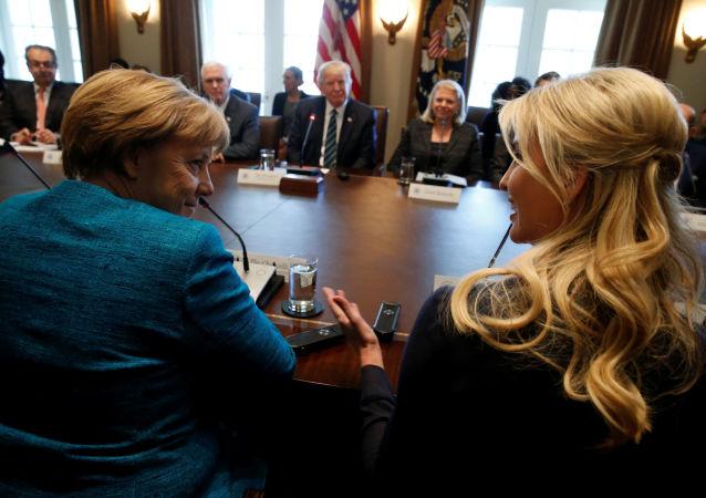 Kancléřka SRN Angela Merkelová a Ivanka Trumpová