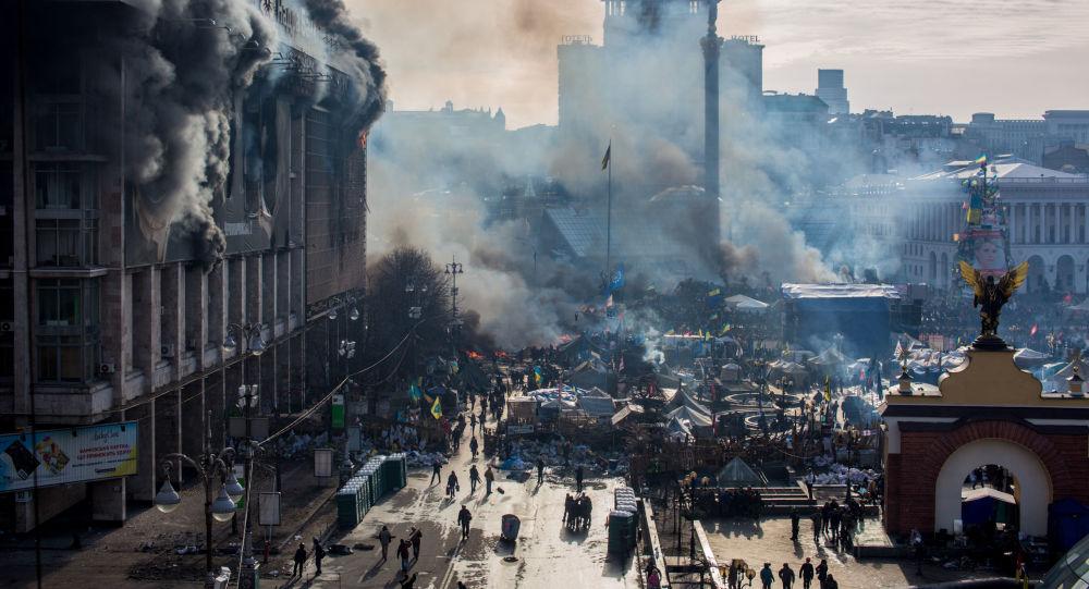 Střety opozice a policie na Majdanu v Kyjevě