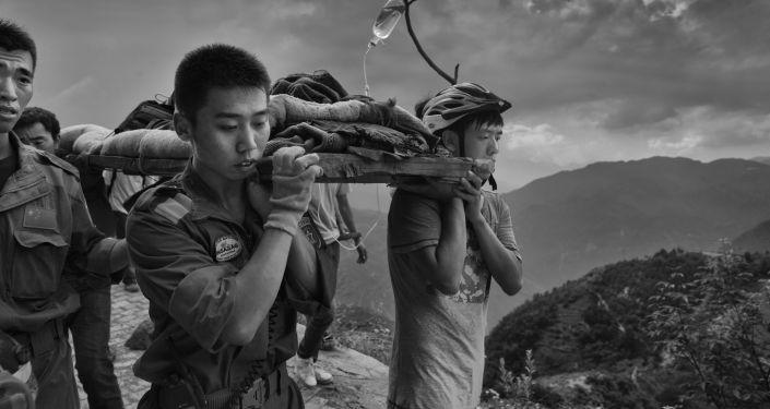 Guanguan Liu Yunan Ludian earthquack, 3. místo