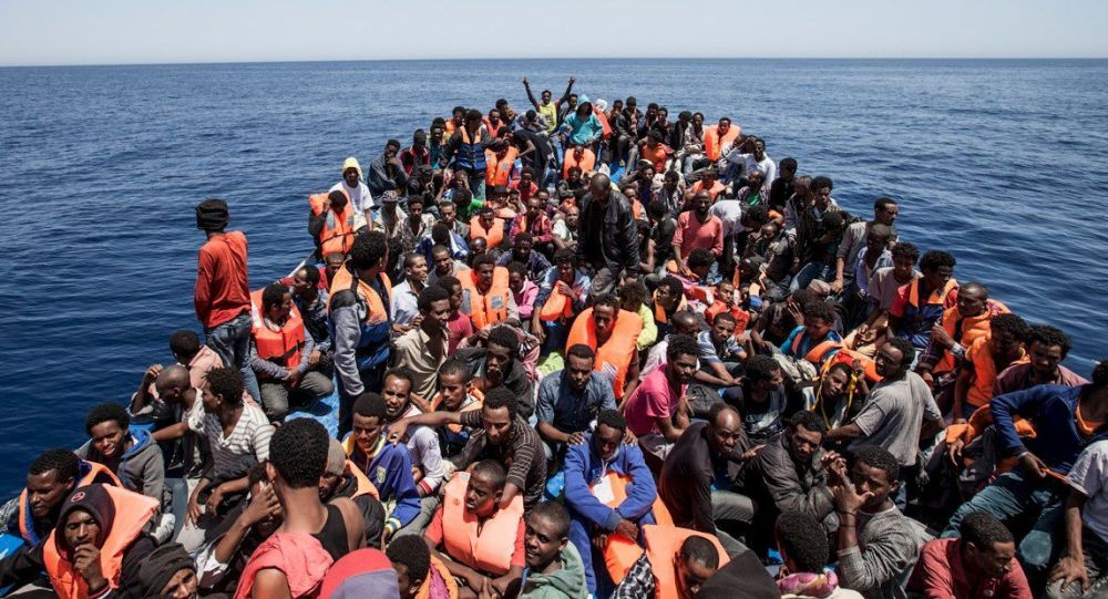 Migranti u pobřeží Libye
