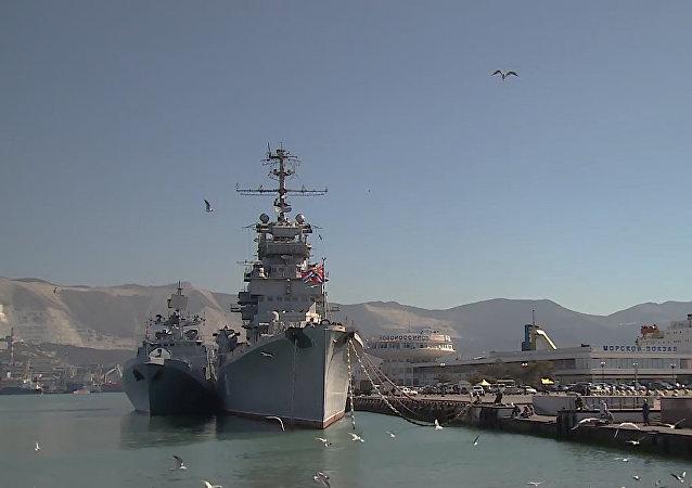 Připlutí bojových tureckých lodí do Novorossijsku