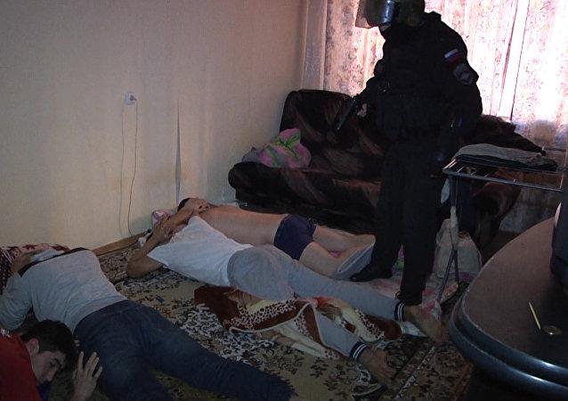 Zadržení podezřelých z verbování lidí v Petrohradě