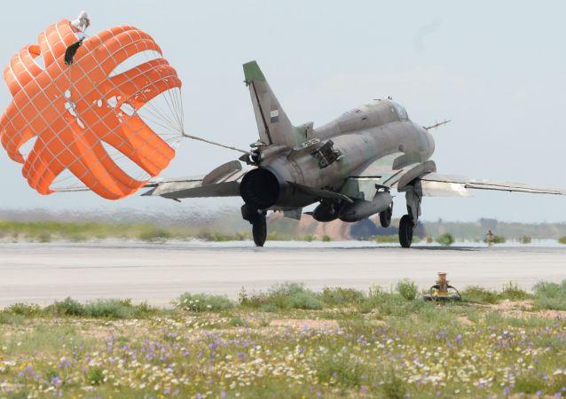 Letadlo syrského letectva. Ilustrační foto.
