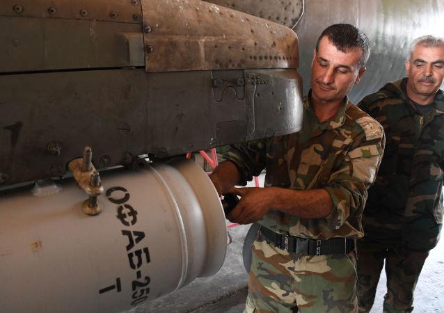 Syrské letadlo na základně Šajrat