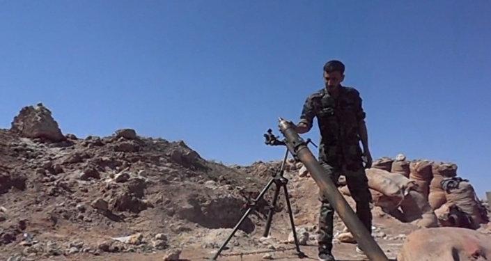 Ostřelování pozic bojovníků IS v Dajr az-Zauru