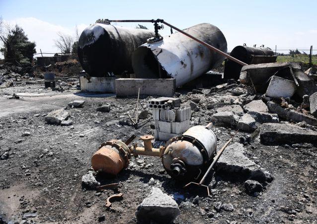 Náskeldky raketového úderu USA na zákldnu Šajrat v Sýrii