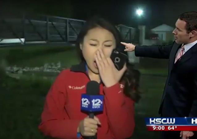 V USA přerušila zívající žurnalistka předpověď počasí