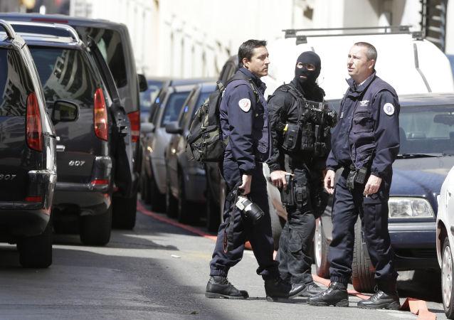 Policie ve Francii. Ilustrační foto