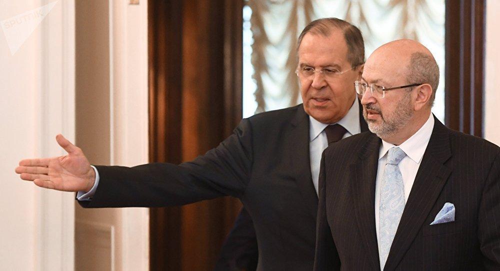 Sergej Lavrov a Lambert Zannier