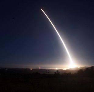 Zkouška rakety Minuteman III v USA