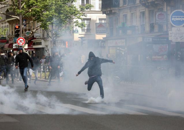 Protesty ve Francii