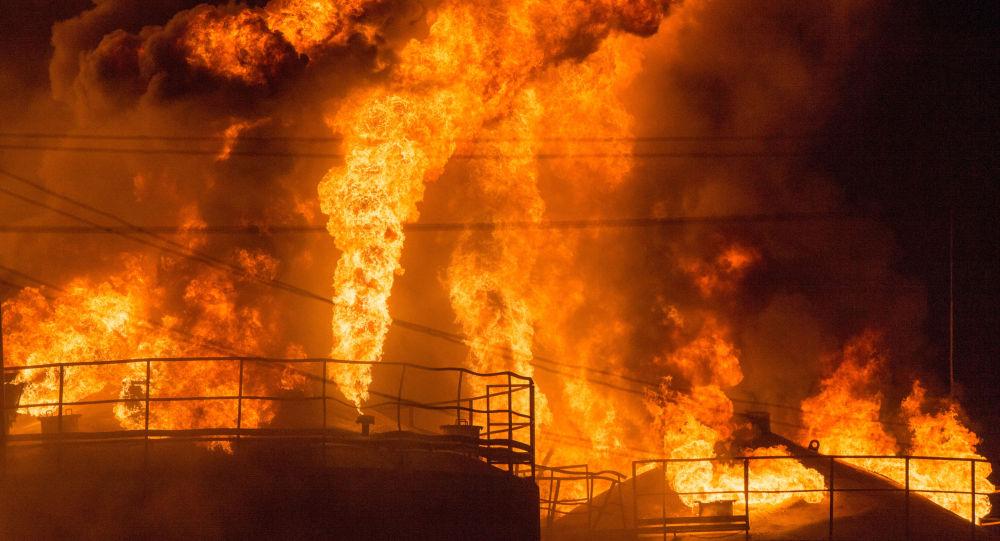 Požár v zásobnících ropy v Kyjevské oblasti