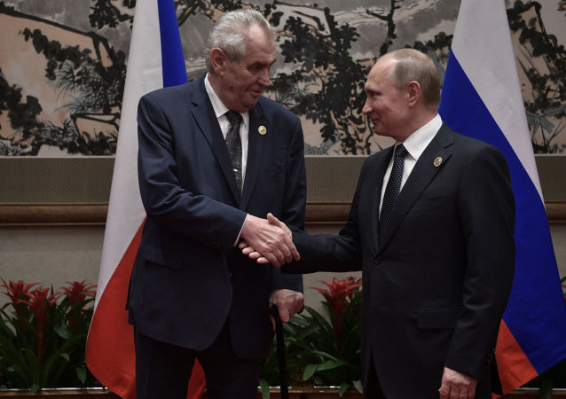 Miloš Zeman a Vladimir Putin během schůzky v Číně.