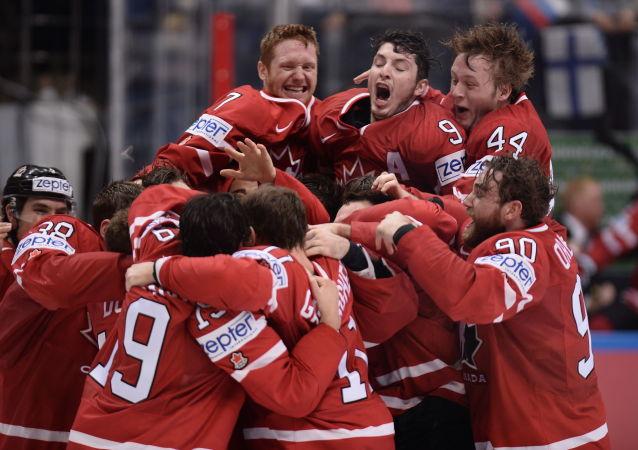 Kanadští hokejisté po vítězství v mistrovství světa v hokeji, archivní foto