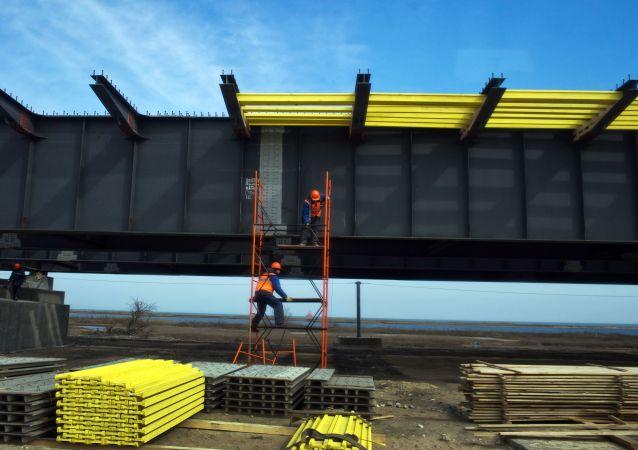 Výstavba Krymského mostu