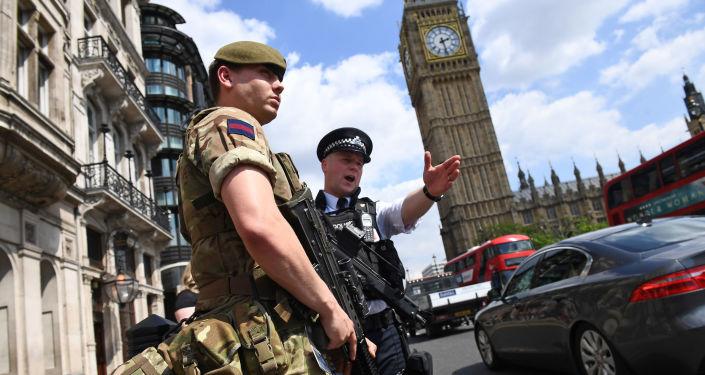 Policisté v Londýně