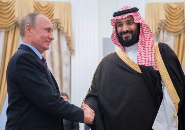 Ruský prezident Vladimir Putin a princ Mohamed bin Salmán